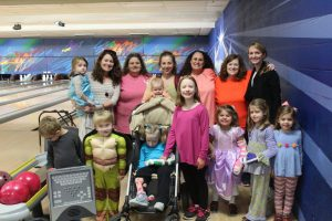The Capps family celebrates Cate's birthday with other RMHCA families. Source: Capps family