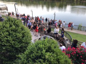 Attendees at the Alabama ADPi Gala for Giving enjoy a beautiful evening on the river in Tuscaloosa.